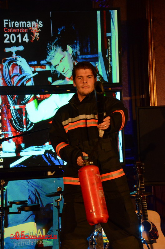 Wiener Feuerwehrkalender - Mister Mai