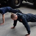 Aufwärmen - Fotoshooting Wiener Feuerwehr-Kalender 2015